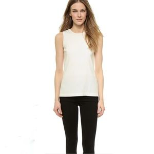 THEORY Yinga Hi-lo Top In White